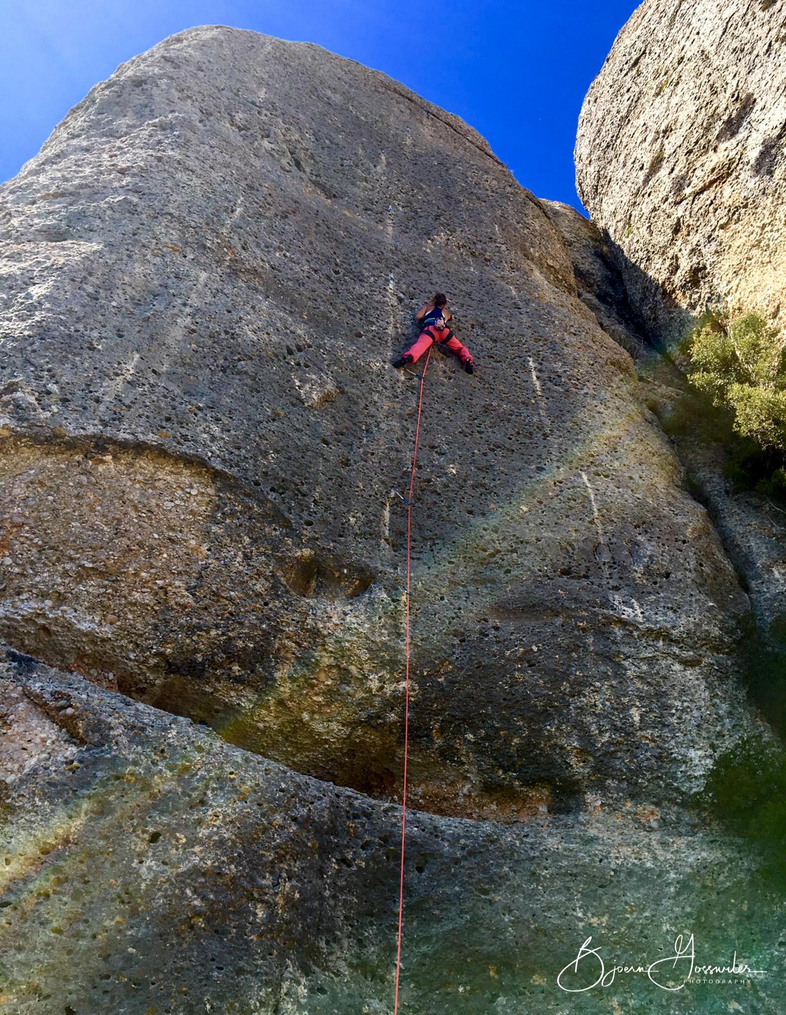 Desiree climbing montsant